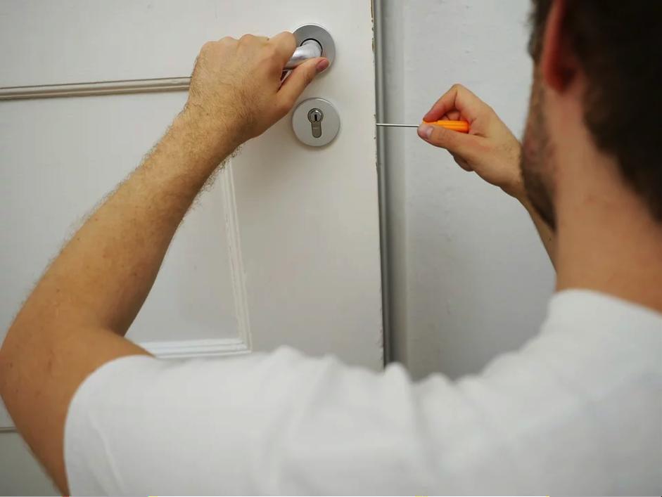 Mantenimiento de cerraduras sin necesidad de un cerrajero
